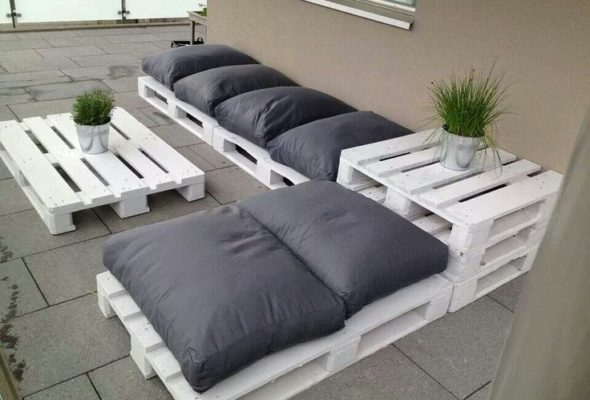 Common DIY projects and where to find free pallets