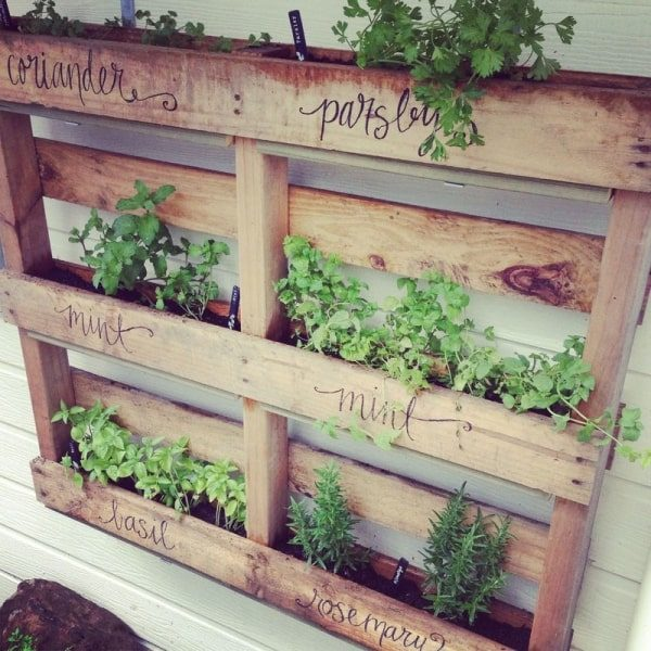 20 Creative Ways To Use Pallets